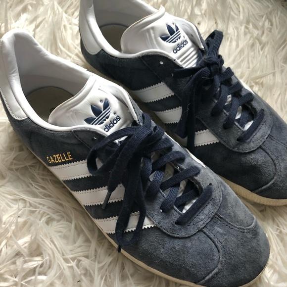 adidas gazelle women's navy blue sneaker